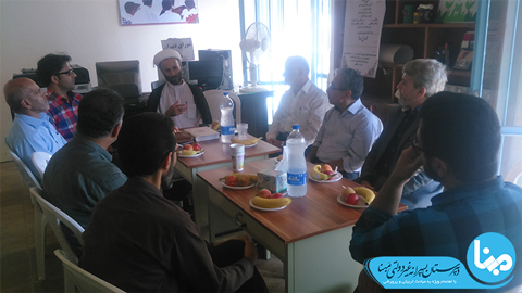 جلسه شورای دبیران در آغاز سال تحصیلی 96-97